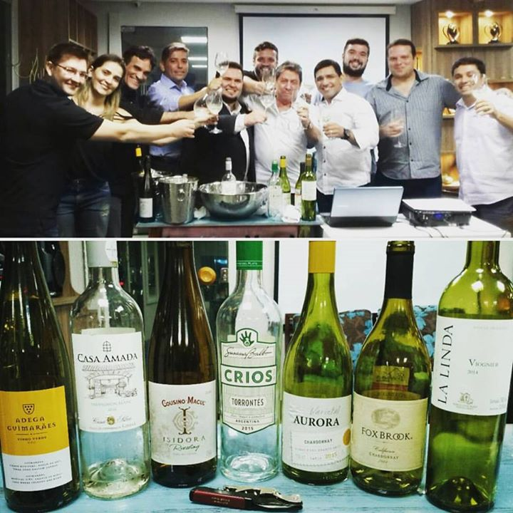 904567c4 Entre Chardonnay, Riesling, Sauvignon Blanc, ...