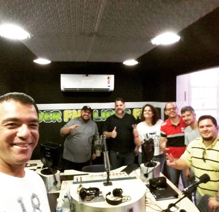E acabo de sair dos estúdios da Líder FM Rio …