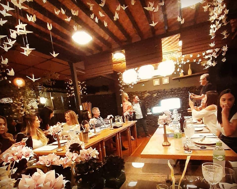 68998492_1295445783969976_3846039571712180224_n E ontem foi dia de confraria de Vinhos Italianos.