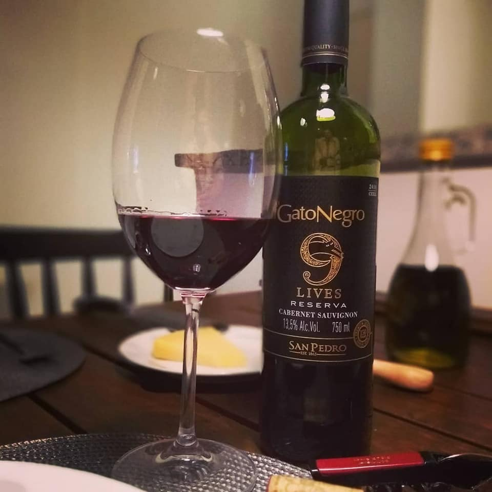 69536217_1302854743229080_5842110538603036672_n 🙋🏻♂Marque seu amigo que gosta de vinhos! 👍🏻🍷😊