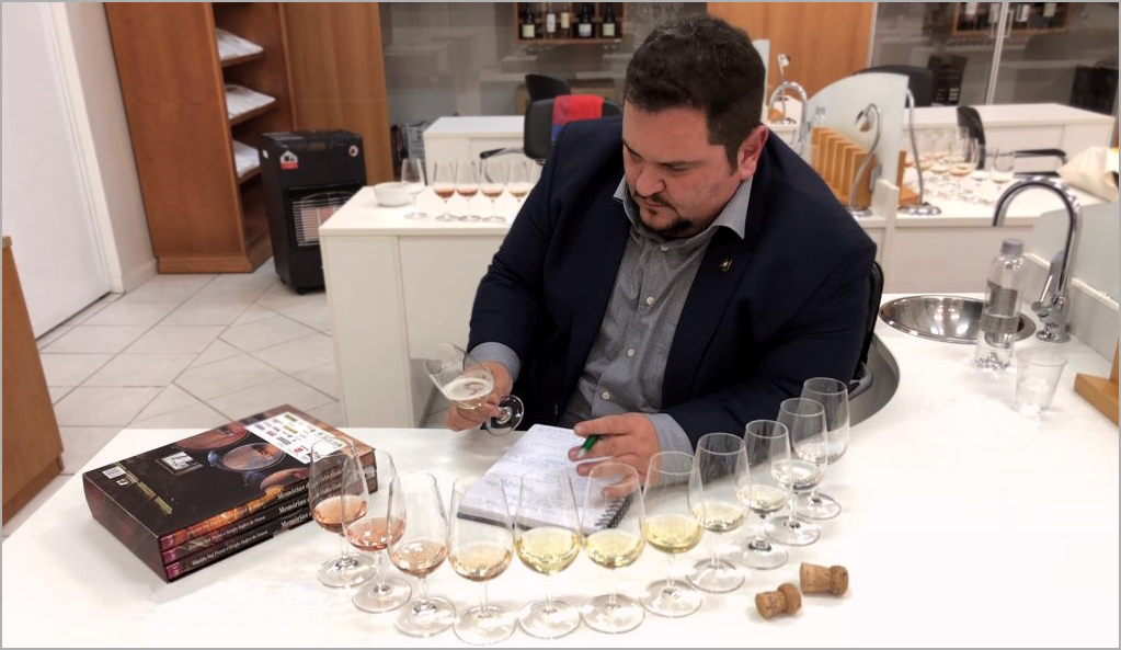 sobre-personalsomm-OK-RGB Sobre o Personal Sommelier